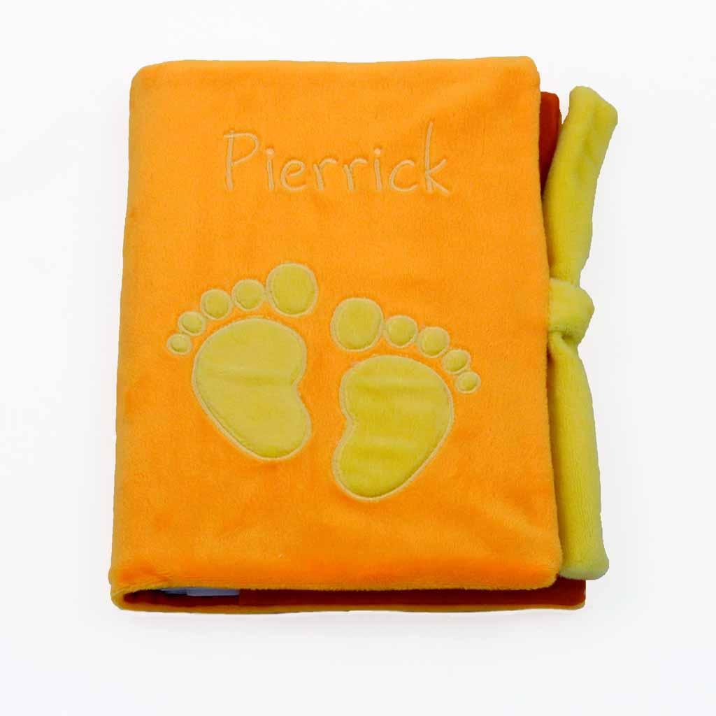 TRAO BABIG sur protège carnet de santé orange motif jaune