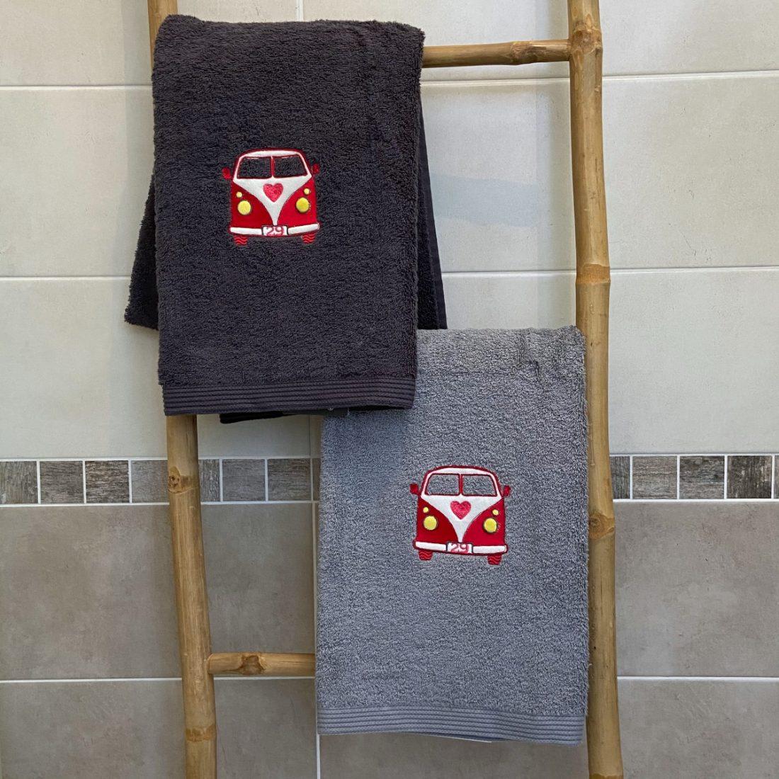 meilleur broderies personnalisées serviettes chic motif combig