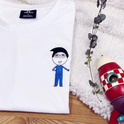t-shirt homme personnalisé dessin brodé